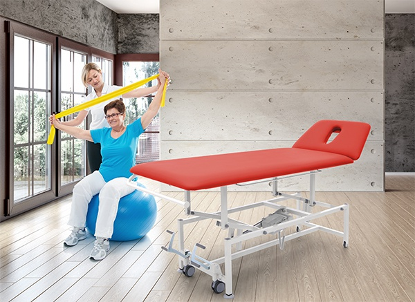 Matador massage and treatment table