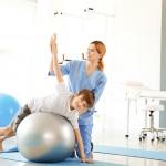 Co to jest skolioza? Jakie są objawy i przebieg leczenia?